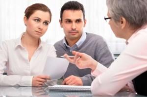 Куда клиент может пожаловаться на банк?